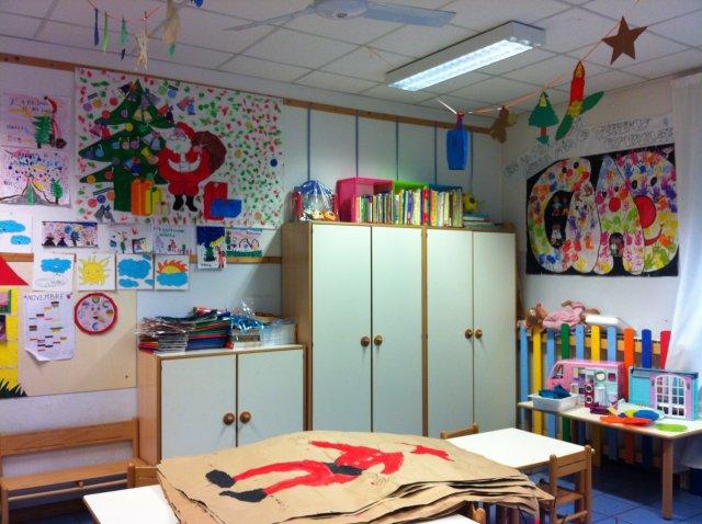 Immagini scuola addobbi di natale - Addobbi finestre scuola natale ...